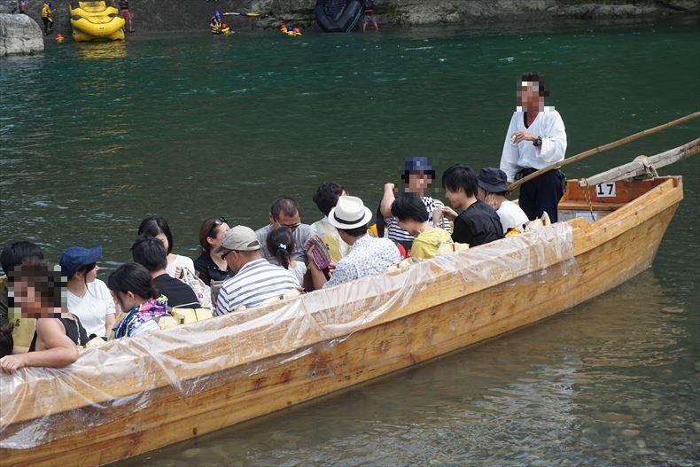 長瀞ライン下りの船